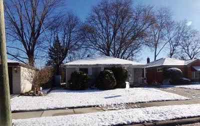 Oak Park Single Family Home For Sale: 24090 Morton St