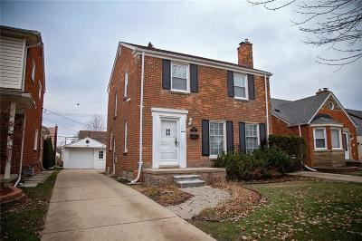 Dearborn Single Family Home For Sale: 22544 Heinze St