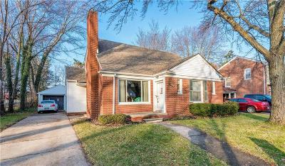 Huntington Woods Single Family Home For Sale: 13328 Kingston Ave