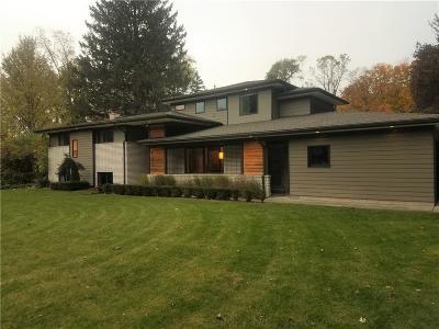 Bloomfield Hills Single Family Home For Sale: 783 Robinhood Cir