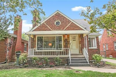 Dearborn Heights Single Family Home For Sale: 7315 Colonial