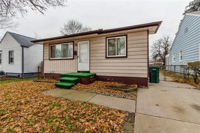 Lincoln Park Single Family Home For Sale: 2211 Keppen Blvd