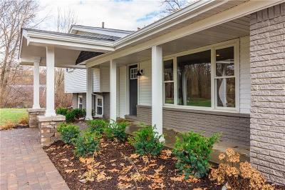 Canton Single Family Home For Sale: 7792 Thornwood St