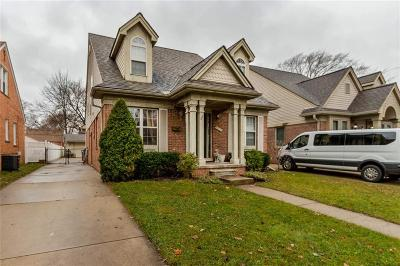Dearborn Single Family Home For Sale: 243 Kingsbury Ave