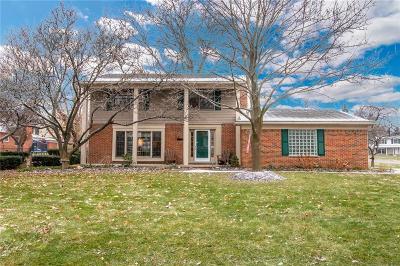 Bloomfield Hills Single Family Home For Sale: 271 Millington Blvd