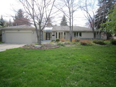 West Bloomfield Single Family Home For Sale: 6850 Arlington