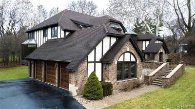 Bloomfield Hills Single Family Home For Sale: 1884 Lone Pine Rd