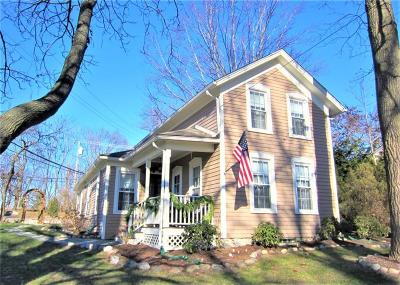 Rochester Single Family Home For Sale: 205 Romeo Rd