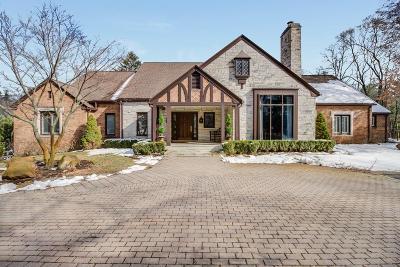 Franklin Single Family Home For Sale: 31800 Nottingham Drive