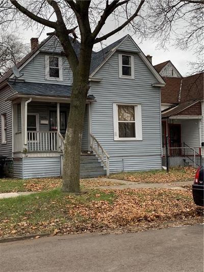 Detroit Single Family Home For Sale: 5026 Townsend St
