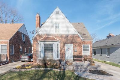 Dearborn Single Family Home For Sale: 23710 Cherry Hill St