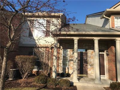 Rochester Condo/Townhouse For Sale: 3515 Oakmonte Blvd