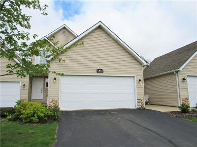 Oakland Condo/Townhouse For Sale: 5052 Clintonville Pines Drive