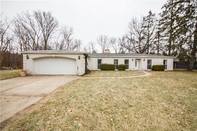 Bloomfield Hills Single Family Home For Sale: 960 Dedham Crt