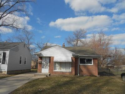 Madison Heights Single Family Home For Sale: 135 E Brockton Ave