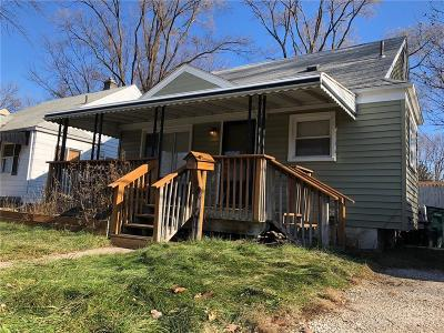 Royal Oak Single Family Home For Sale: 317 S Campbell Rd