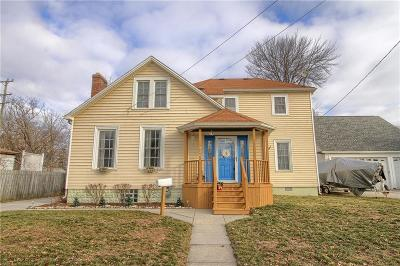 Algonac Single Family Home For Sale: 320 Mill St