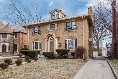 Detroit Single Family Home For Sale: 18054 Birchcrest Dr