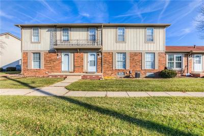 Sterling Heights Condo/Townhouse For Sale: 35309 Tall Oaks Dr