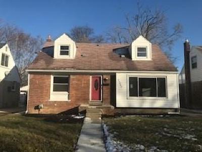 Oak Park Single Family Home For Sale: 23060 Church St