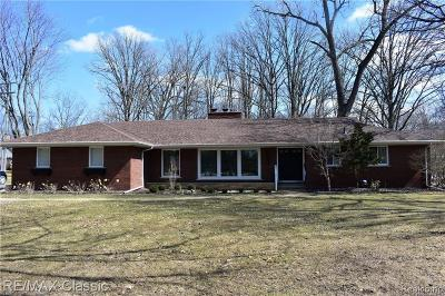 Beverly Hills Single Family Home For Sale: 31974 Lahser Rd