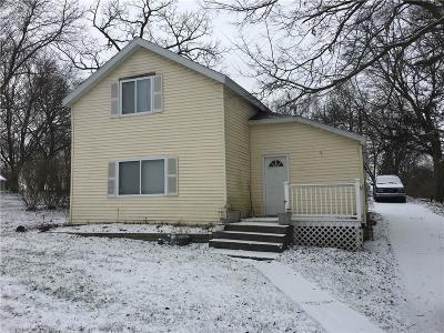 Flushing Single Family Home For Sale: 220 Terrace St