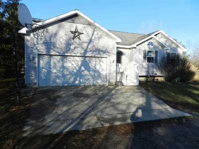 Flint Single Family Home For Sale: 4045 E Carpenter Road