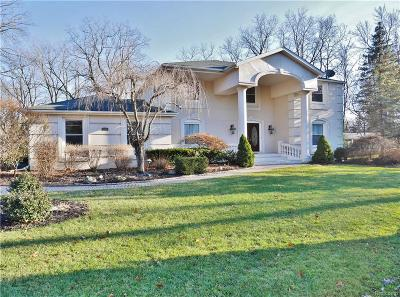Bloomfield Hills Single Family Home For Sale: 476 Steeple Chase Crt