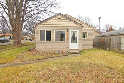 Harrison Twp Single Family Home For Sale: 36726 Jefferson Ave