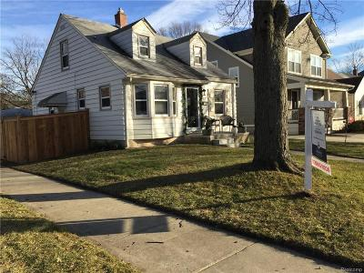 Royal Oak Single Family Home For Sale: 203 S Vermont Ave
