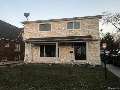 Dearborn Single Family Home For Sale: 147 Meridan St