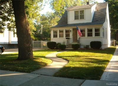 Royal Oak Single Family Home For Sale: 628 Forest Ave