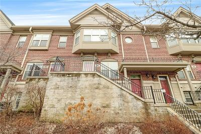 Detroit Condo/Townhouse For Sale: 98 Adelaide St