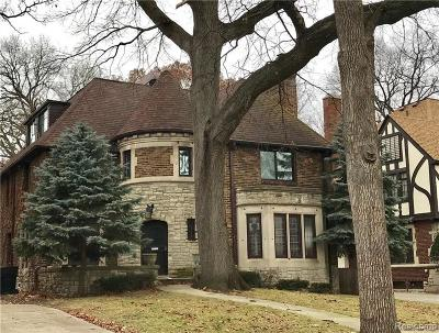 Detroit Single Family Home For Sale: 18465 Wildemere St