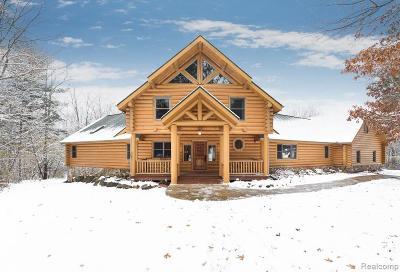 Lake Orion Single Family Home For Sale: 109 Creekwood Dr