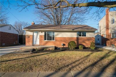 Fraser Single Family Home For Sale: 17917 Rainbow