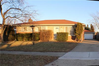 Macomb Single Family Home For Sale: 31262 Hartford Dr