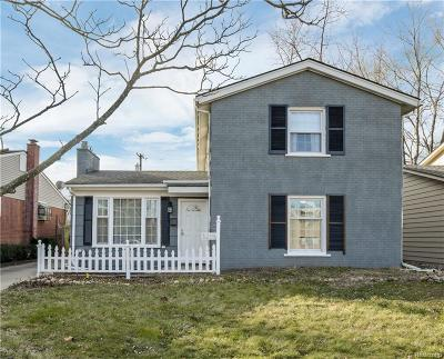 Oakland Single Family Home For Sale: 3215 Clawson Ave
