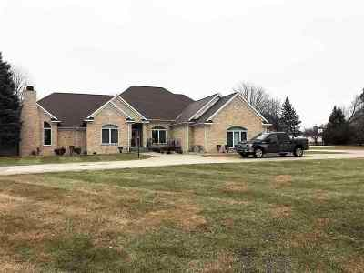 Flint Single Family Home For Sale: 5300 Kimberly Woods Circle