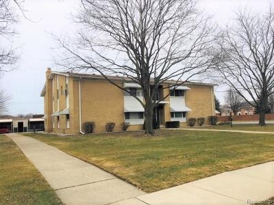 Saint Clair Shores Condo/Townhouse For Sale: 21344 Beaconsfield