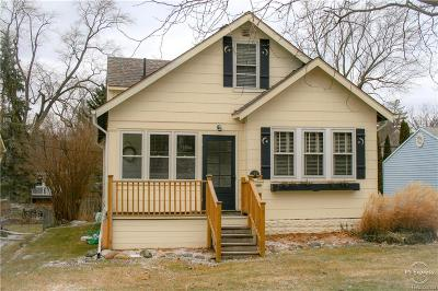 Rochester Single Family Home For Sale: 147 Lysander St