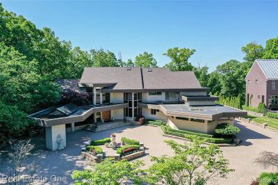Bloomfield Hills Single Family Home For Sale: 1555 Lone Pine Rd