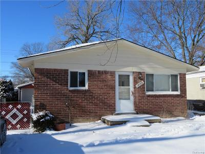 Livonia Single Family Home For Sale: 19169 Inkster Rd