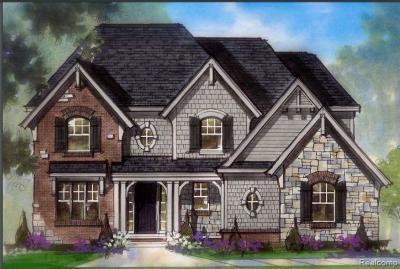 Farmington Hills Single Family Home For Sale: 37026 White Tail Crt