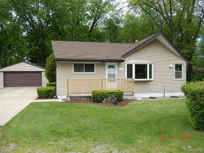 Taylor Single Family Home For Sale: 22156 Maplelawn Ave