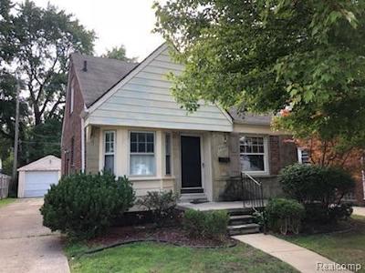 Harper Woods Single Family Home For Sale: 20024 Washtenaw St