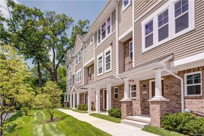 Royal Oak Condo/Townhouse For Sale: 2500 Normandy