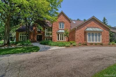 Bloomfield Hills Single Family Home For Sale: 430 Stoneridge Ln