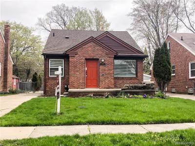 Royal Oak Single Family Home For Sale: 705 S Minerva Ave