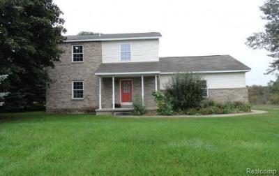 Auburn Hills Single Family Home For Sale: 3570 Baldwin Rd